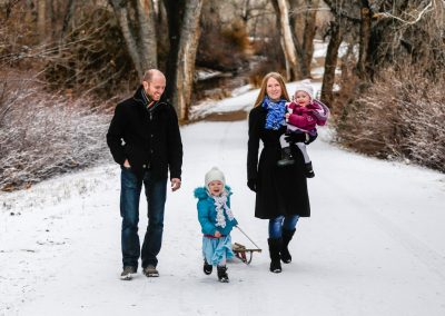 Littleton family photographer in the Colorado snow