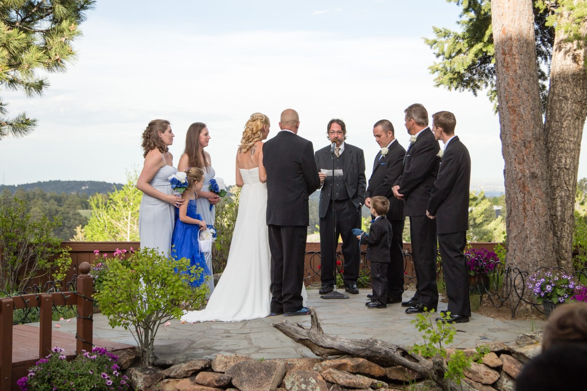 LIttleton wedding photographer in Colorado