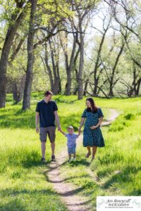 Littleton family photographer maternity baby bump belly Lakewood Stone House Bear Lake Greenbelt trail trees little boy momma to be parenthood parents cute