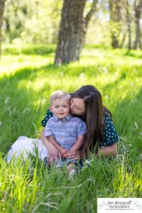 Littleton family photographer maternity baby bump belly Lakewood Stone House Bear Lake Greenbelt trail trees little boy momma to be parenthood parents cute son brother