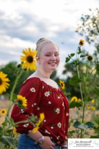 Littleton family and teen photographer Colorado South Valley Open Space park Ken Caryl red rocks rock formations best friends girls high school freshman teenagers COVID-19 pandemic photo session natural light photography sunflower field sunflowers