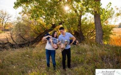 The {L} family of 4 with twins at Crown Hill Park by Littleton photographer